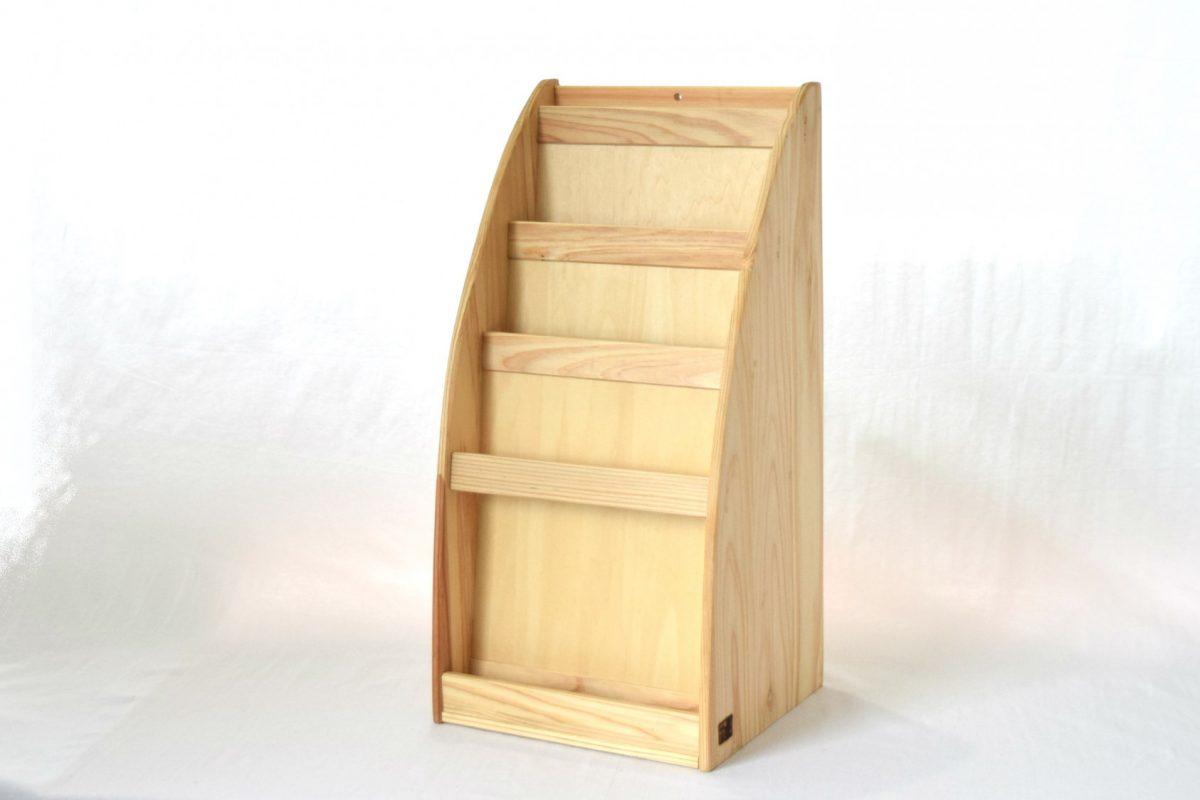 写真1:【地元老舗家具店の手作り】マガジンラック(白木)