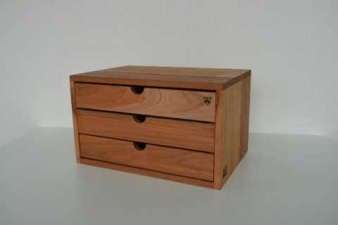 【老舗家具店の手作り】川本町の古材を使った小物入れ(大)